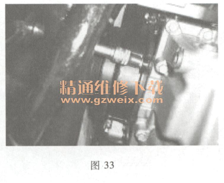 奇瑞qq(1 .3 l sqr473)发动机正时链条拆卸方法
