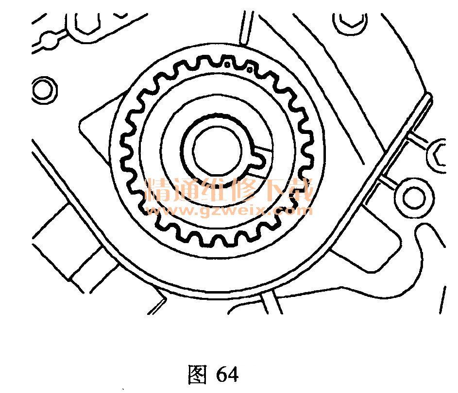 (一)拆卸方法 注意:如要拆卸气缸盖或安装新的正时齿轮,必须更换正时带。必须小心地存储和处理正时带。 (1)断开蓄电池的接地线。 (2)举升汽车。 (3)拆下右前侧车轮。 (4)拆卸右侧发动机液压支架总成。 (5)拆下将正时带上罩盖紧固在后部罩盖的5个螺栓,如图59所示。  (6)松开紧固正时带上罩盖的下部螺栓,拆卸罩盖并保存密封圈。 (7)将一个套筒和长接杆放置在曲轴带轮螺栓上,顺时针转动曲轴使凸轮轴齿轮上的正时标记对齐。然后在齿轮之间安装凸轮轴锁止工具。如图60所示。  (8)检查曲轴带轮上的正时标志