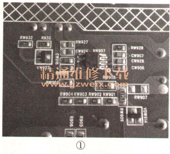 一台康佳LED32M2800PDE型智能液晶电视,雷击后三无。 拆开机壳,用万用表电阻挡测保险丝F901(4A/250V)已断路,整流桥BD901(D 10SB60)、开关管VW901(JCS7N65SB)、贴片二极管VDW929均击穿。将上述损坏的元件换新后,通电测试,主滤波电容C901(150μF/450V)两脚电压为280V(正常),但开关变压器次级两组输出电压均为0V。断电后用万用表电阻挡测次级12V整流二极管VDW961(HBR20100)正反向电阻,正常;滤波电容CW965、CW966(
